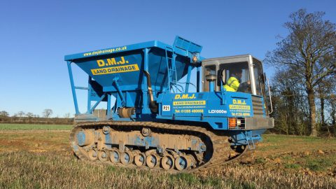 LD1000 Tracked Gravel