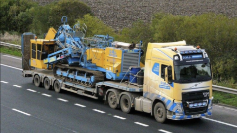 Volvo FH540 & Lowloader Vehicles