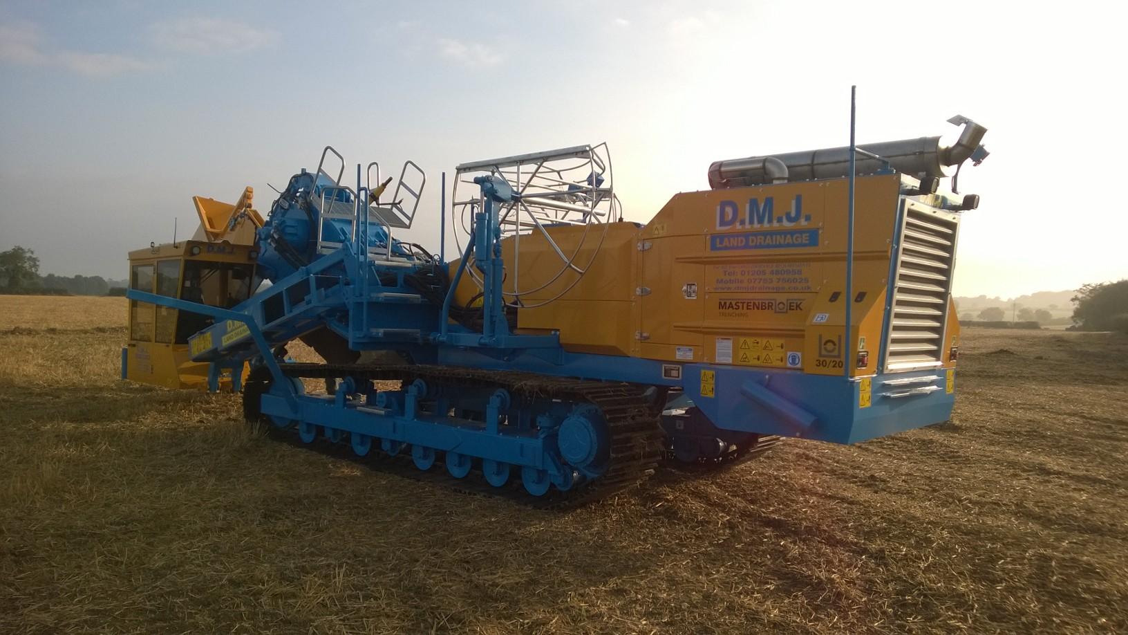 Trenchers   Types   DMJ Drainage